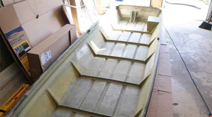 Jon Boat Blank Canvas - Seats Removed