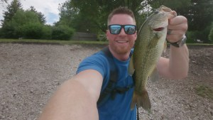 Charlie's Worms Test - 2 Pound Largemouth in Illinois
