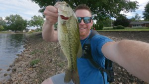 Charlie's Worms Test - 3 Pound Largemouth in Illinois